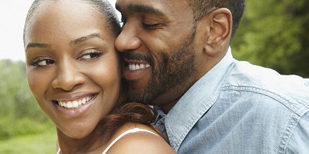 10 Important Things That Happy Couples Do Together Before Marriage (Must Read)