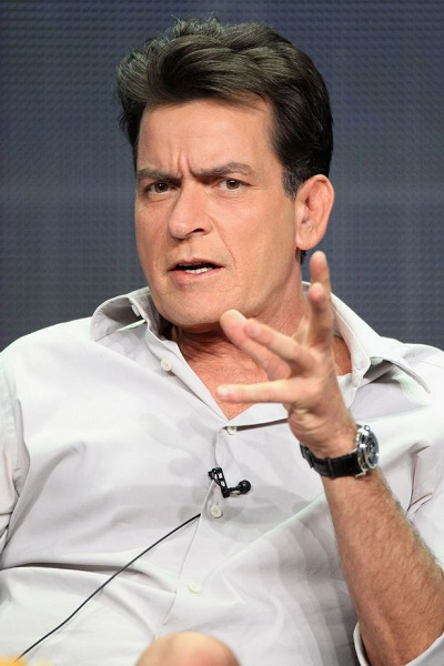 Pounds To Naira Black Market >> Revealed: Charlie Sheen Paid 6.6m Pounds to Blackmailers to Stop Leaking Gay S*x Video