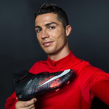 107b3f3cee7 Wow! Check Out the Dope Soccer Boots Nike Designed for Cristiano Ronaldo  (Photos)
