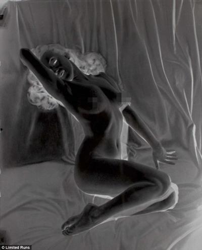 mariluyn-monroes-nude-calendar-sex