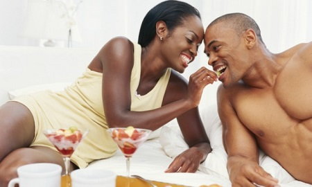Ladies, Take Note! 10 Romantic Gestures You Can Use to Sweep Your Lover Off His Feet