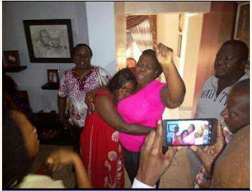 Kidnapped Wife of FCMB Manager Reunites With Family (Photos)