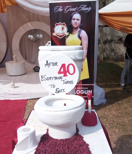 This Womans 40th Birthday Cake Will Make You Scream