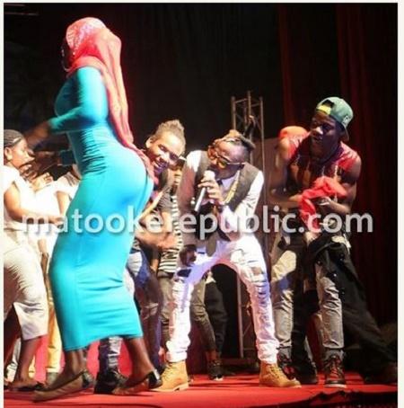 Hijab-Twerking-1.JPG