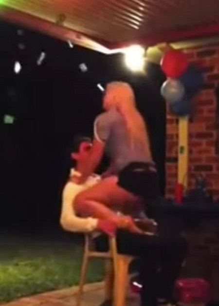 stripper lap dance