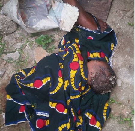 Sad! See Newborn Baby Dumped by Heartless Mother in Ketu, Lagos State (Photo)