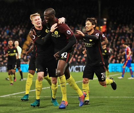 Man. City Outcast, Yaya Toure Score Two Goals on His Return to EPL