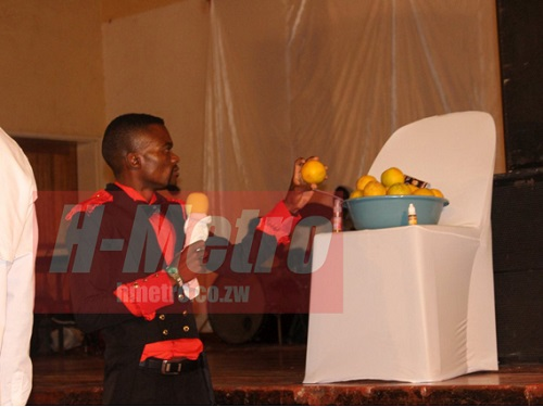 Why I Share 'Annointed Oranges' to My Church Members for S*xual Performance – Prophet Chikomo (Photos)