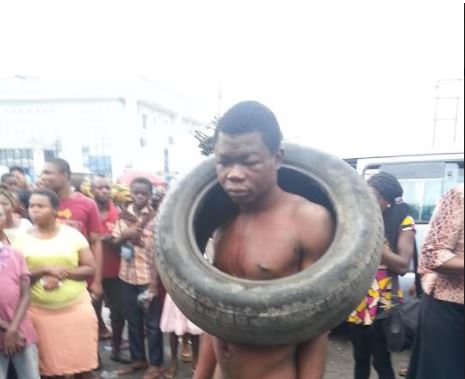 Man Escapes Jungle Justice By Whisker in Calabar After Stealing Garri