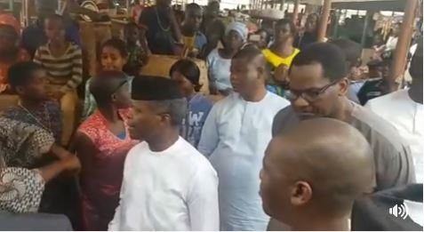 Osinbajo Makes Surprise Stop at Ikenne Market to Greet Market Women Selling Goods (Video)