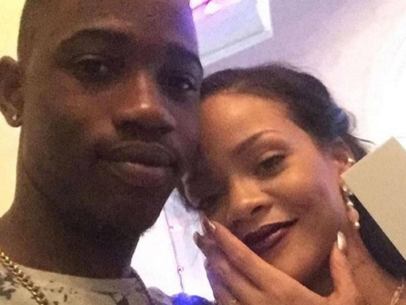Rihanna Mourns Following Tragic News Just a Day After Celebrating Christmas (Photos)