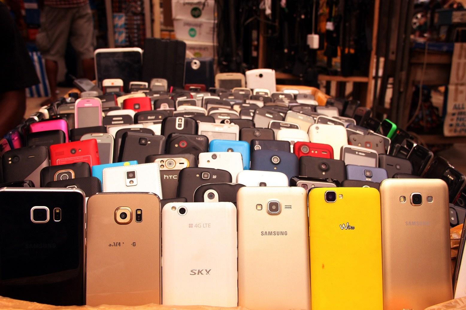 Man Steals N104,000 Phones with Rope in Lagos