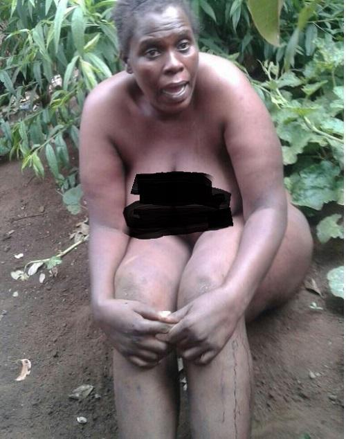 sa in Naked woman