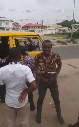 Drama as Police Woman Disgraces Danfo Driver Over N50 Bribe in Lagos (Photos+Video)