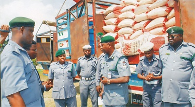 Customs Service Dismantles Illegal Check Points