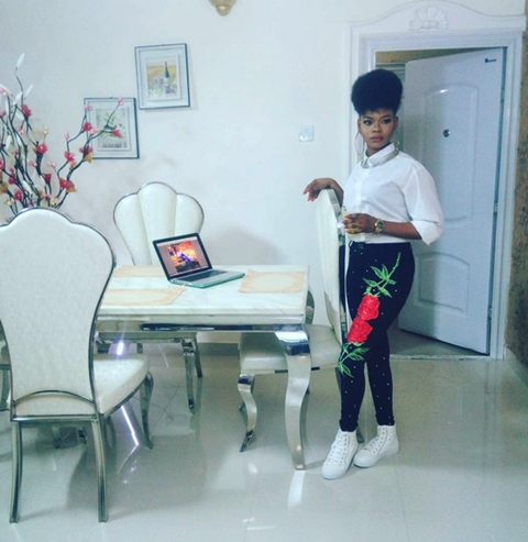 Olajumoke Looks Unrecognizable as She Channels Yemi Alade's Look in Stunning New Photos 1