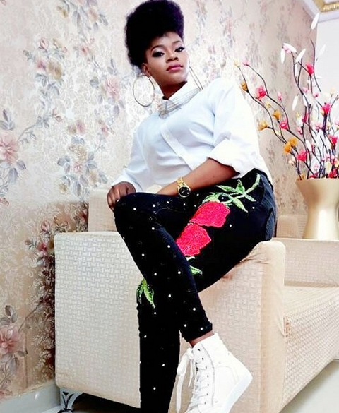 Olajumoke Looks Unrecognizable as She Channels Yemi Alade's Look in Stunning New Photos 2