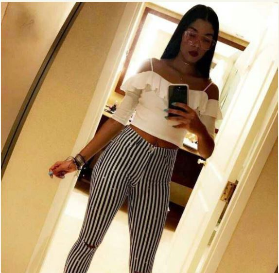 Beautiful Lady Announces Desire to Get Pregnant for Any Man (Photos)
