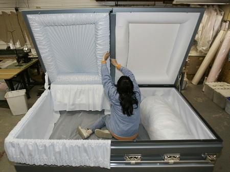 Unbelievable! Prostitute Dies During S*x With Her Client Only to Wake Up Inside Her Coffin...Shocking Details