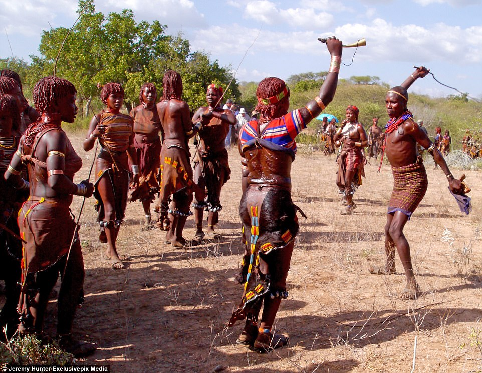 See the Country Where Women are Flogged Mercilessly in Order to Show That They Love Their Men (Photos) 6