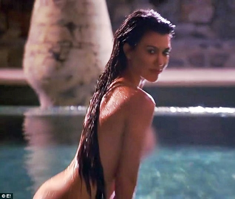 Kims Selfie Book Includes Leaked Nude Pics of Her Butt