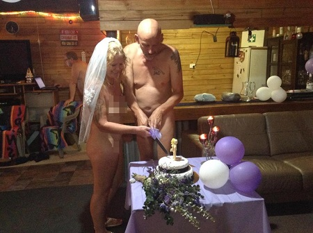 Unbelievable: Couple Get Married Completely N*ked in Front of Total Strangers as Families Refuse to Attend (Photos)
