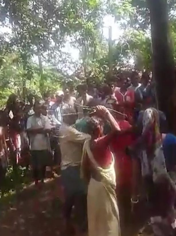 (Photos) See How Villagers Tied Five Alleged Witches to a Tree Before Doing This Sad Thing to Them