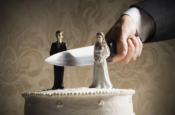 Drama as Wife Divorces Husband for Doing All the Housework