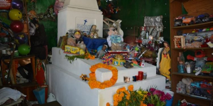 Meet Raulito, the Mexican Baby Who 'Performs Miracles' 84 Years After His Death (Video)