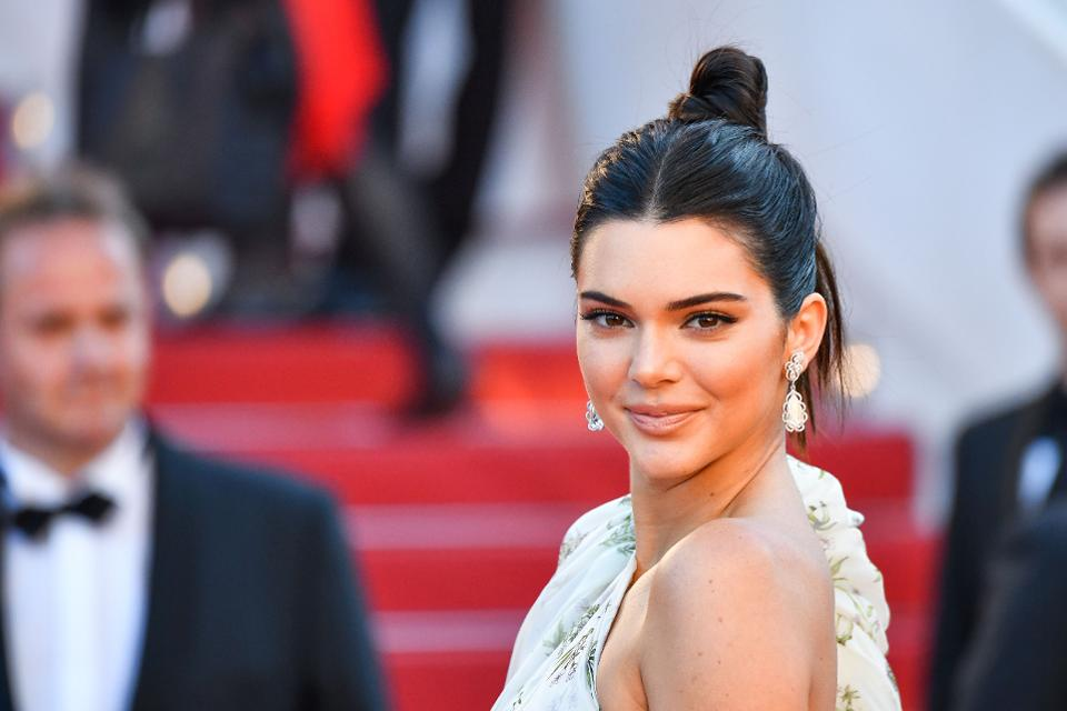 Kendall Jenner Named the Highest Paid Model in 2017...See the Huge Amount She Made
