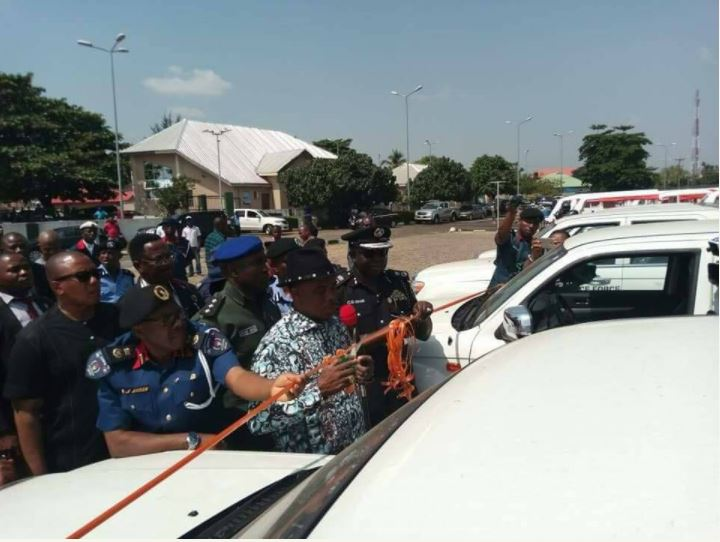 Governor Obiano Donates Made-In-Anambra Patrol Vans To Police (Photos)
