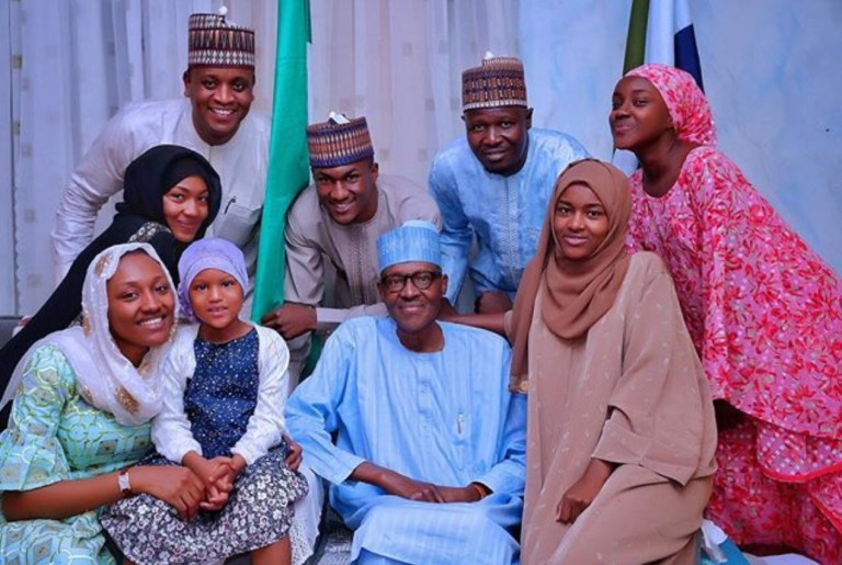 President Buhari Poses With His Daughters, Son, Granddaughter And In-Laws During Sallah Celebration