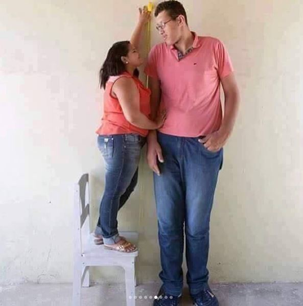 Blind Love: Some Romantic Pictures that Will Make You Laugh and Roll on the Floor 6