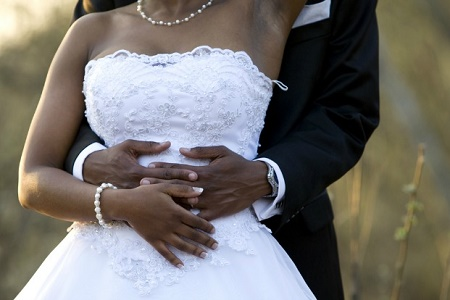 Woman Who was Duped and Jilted By 8 Men Finally Gets Married in Lagos
