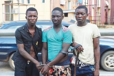 [Image: traffic-robbers.jpg]