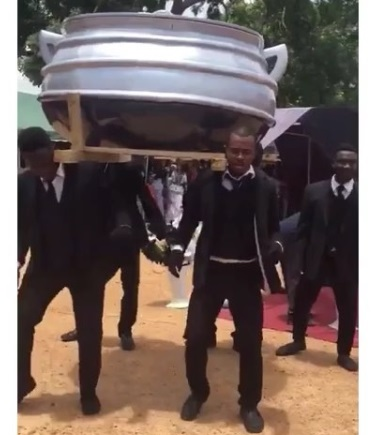 Popular Food Vendor Buried In A Pot-like Coffin (Photos/Video)