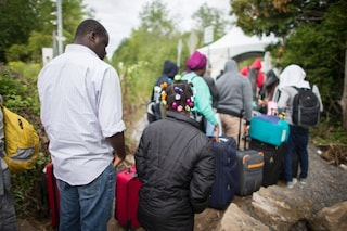 How Nigerians Are Walking Into Canada In Droves From U.S. Seeking Asylum - Washington Post