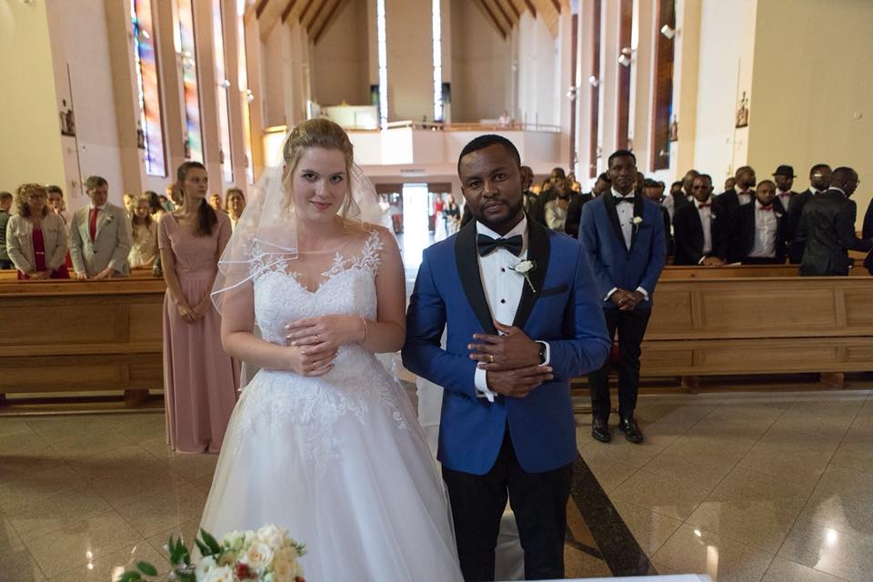 Nigerian Man Based In Europe Marries His White Lover In Style, Rock Igbo Attires (Photos)
