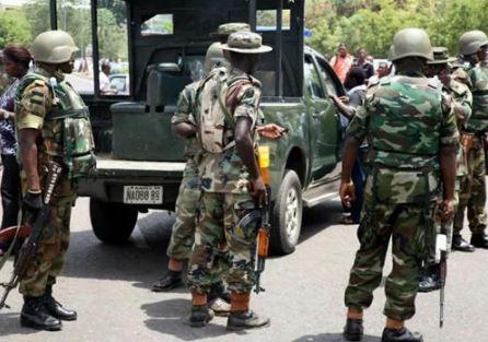 [Image: Nigerian%20soldiers1.JPG]