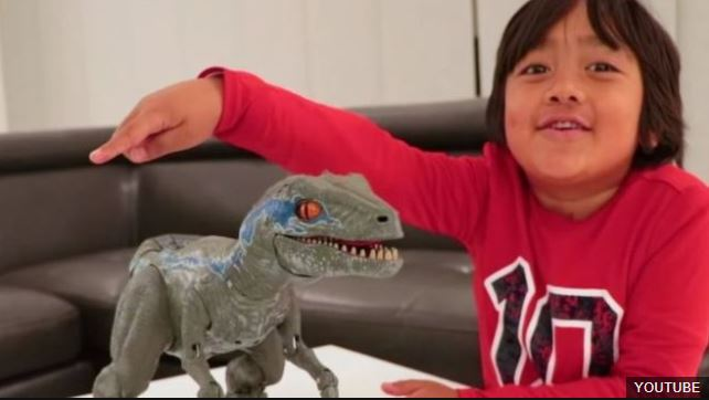 YouTube Top Earners: The 7 Year Old Making $22million