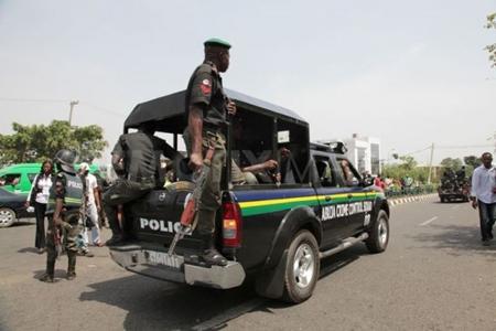 [Image: police2.jpg]