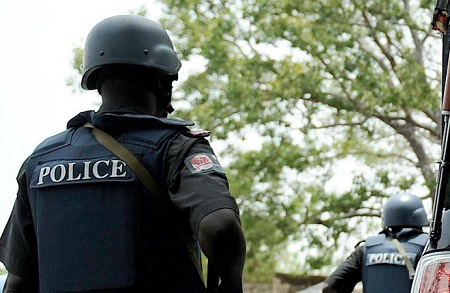[Image: nigeria_police_-690x450.jpg]