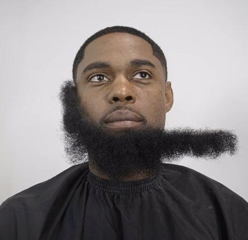 [Image: articificial-beard-gang-2.jpg]