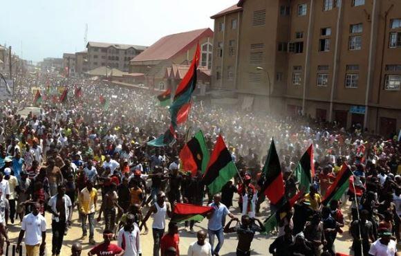 [Image: biafrans.JPG]