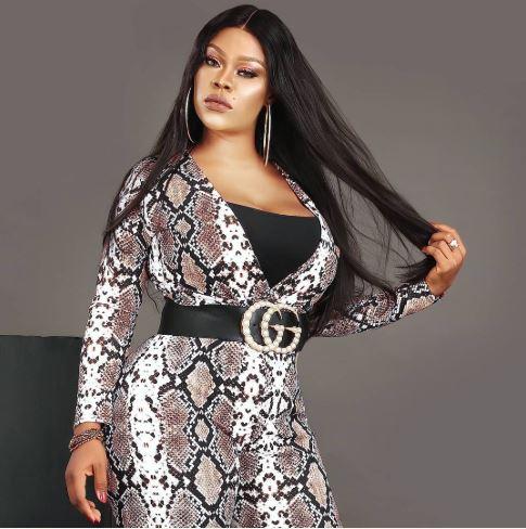 Daniella Okeke Or Regina Daniel, Who Rocked The Snake Outfit Best? (Photos)
