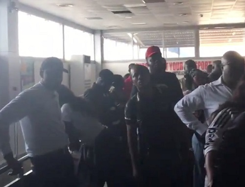 Power Outage Hits Lagos Int'l Airport Leaving Passengers Stranded