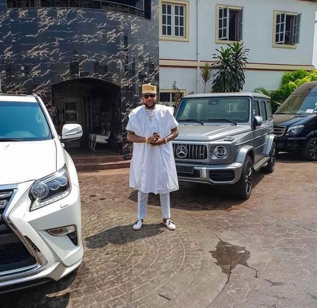 E-Money Shows Off His 2019 G-wagon Amongst Other Luxury