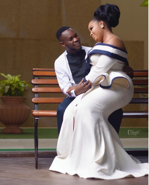 Adorable Pre-Wedding Photos Of Nigerian Actor, Okiki Afolayan And His Pretty Fiancee