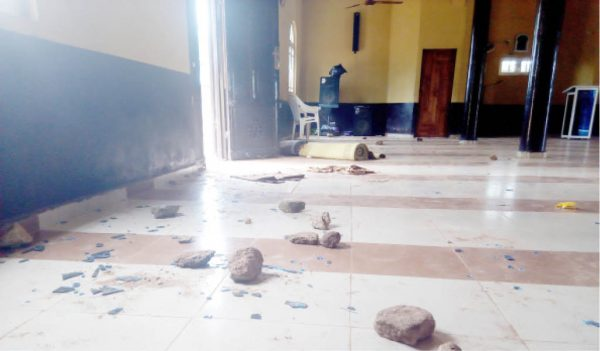 How Traditional Worshipers Caused Commotion By Sacking A Mosque In Ogun (Photos)_1