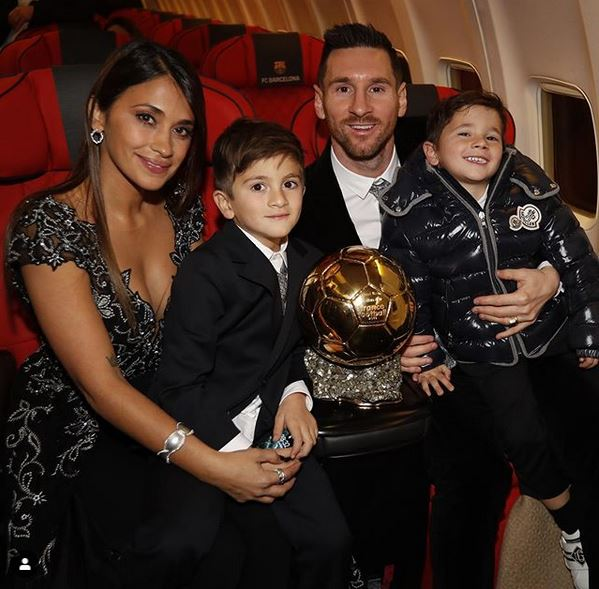 Lionel Messi Shows Off His 6th Ballon d'Or Trophy As He Poses With His Family (Photo)
